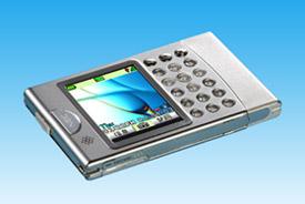 世界最小・薄型のカード型カメラ付携帯電話
